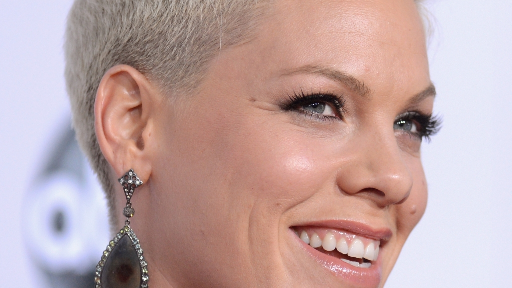 Pinks Hair Style: P!nk: Long Hair Don't Care
