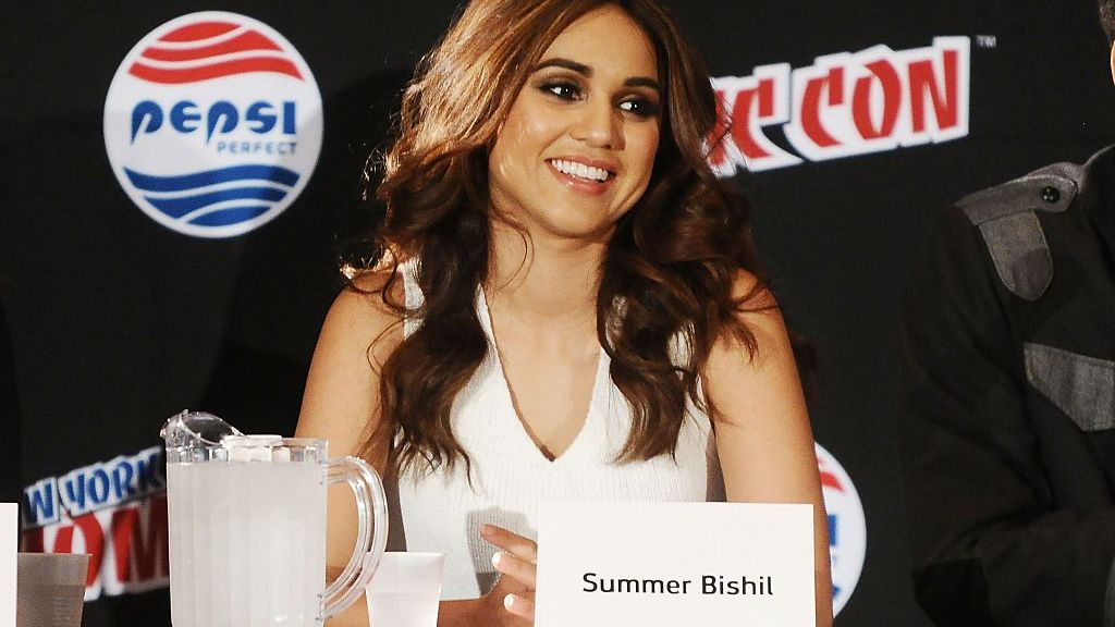 """Summer Bishil Opens up About 'The Magicians"""" Musical Episode"""